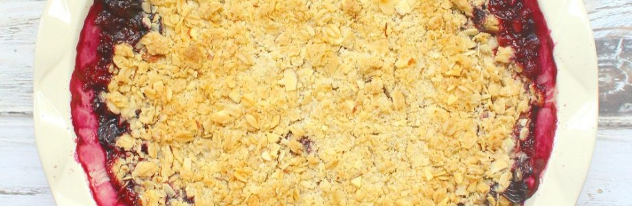 Gluten-Free Mixed Berry Crisp #CookoutWeek